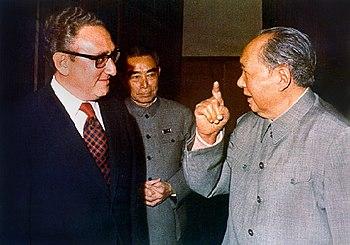 The Secret History of the Vietnam Peace Talks: Nixon, Kissinger & Betrayal (2002)
